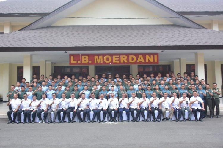 Guna Menangkal Paham Radikalisme dan Terorisme, Kepala BNPT Berikan Pembekalan Kepada 92 Perwira Siswa BAIS TNI